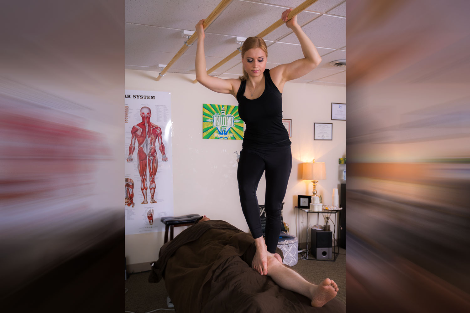 Ashiatsu - advanced deep tissue bar therapy